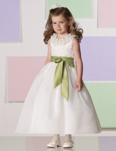 6761a55aa8 Joan Calabrese for Mon Cheri Ruffle Lace Flower Girls Dress 111363  French  Novelty