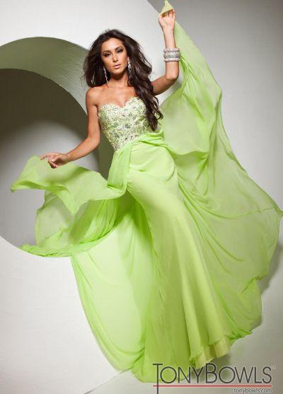 2d489c35961e Tony Bowls Le Gala Velvet Chiffon Formal Dress 113528: French Novelty