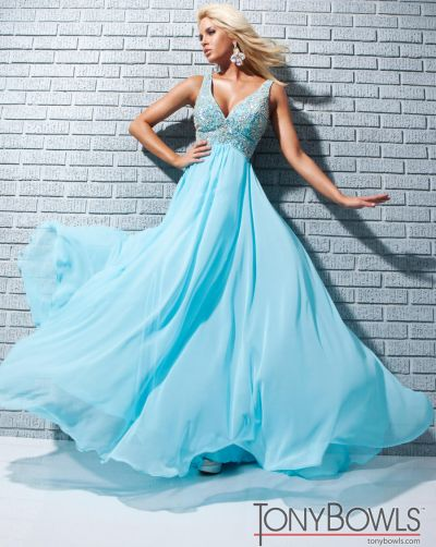 dd267b1bc592 Tony Bowls Le Gala 113531 Chiffon Formal Dress: French Novelty