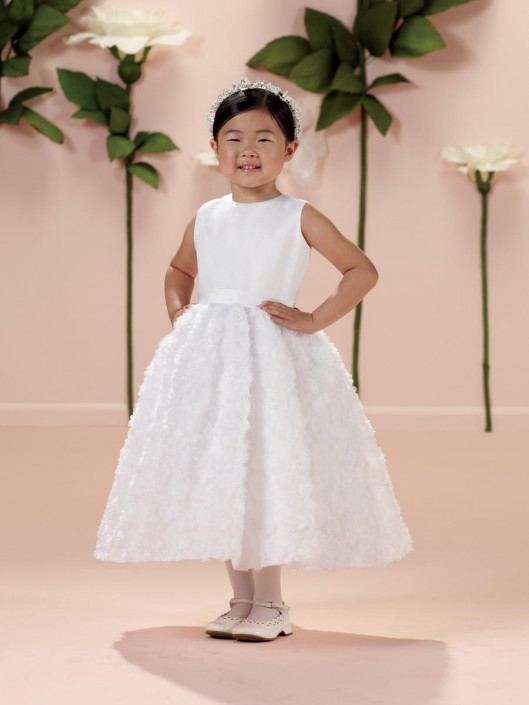 f642fc9fcee2 Joan Calabrese 114333 for Mon Cheri First Communion Dress: French Novelty