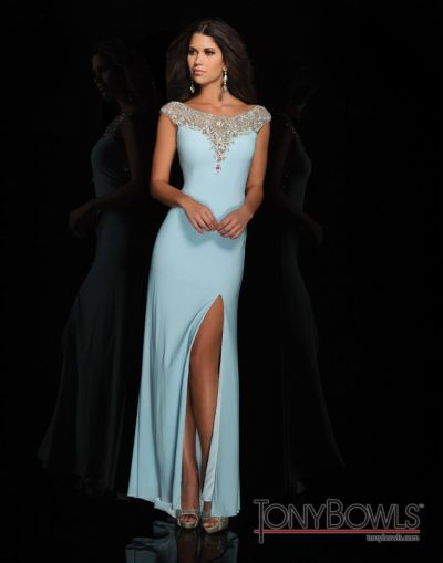 4b1f18dd03c0 Tony Bowls 114537 Le Gala Jersey Gown: French Novelty
