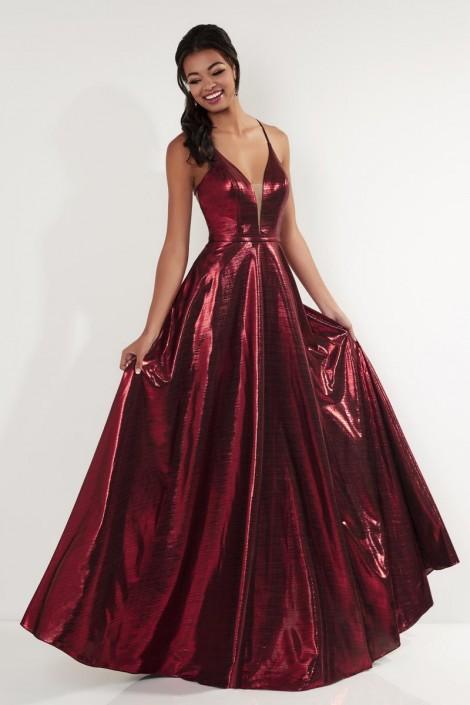 228157275d543 Size 4 Wine Studio 17 12736 Shining Liquid Taffeta Prom Dress  French  Novelty
