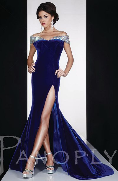 Panoply Velvet Trumpet Evening Dress 14593v