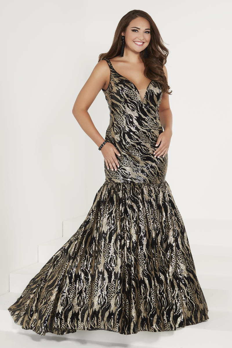 4b5ebba3759 Black And Gold Sequin Prom Dress