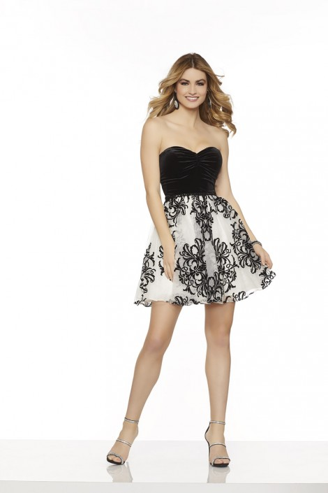 42ea0815c8e Sticks and Stones 33082 Velvet and Lace Short Party Dress  French Novelty