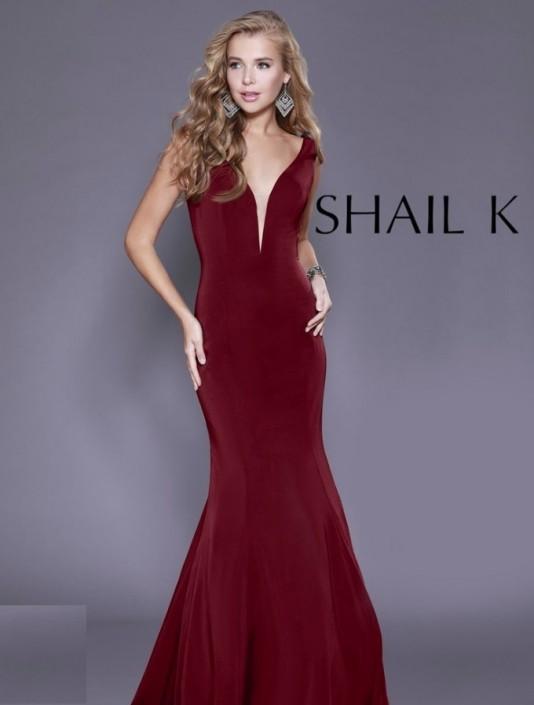 c24d3074e0 Source https   www.frenchnovelty.com shail-k-33932-plunging-v-prom-gown
