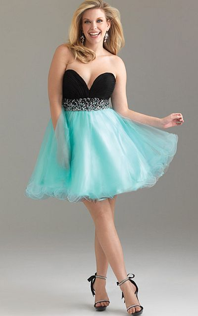 Night Moves Plus Sized Short Prom Dress 6500W: French Novelty