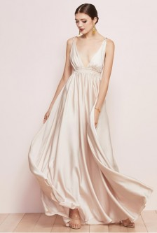 22b613ece9 Watters Quentin 6810 Plunging V Bridesmaid Dress