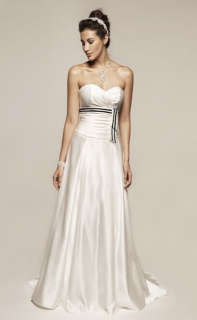Liz Fields Destination Bridal Wedding Gown With Color Accent 8355 French Nov
