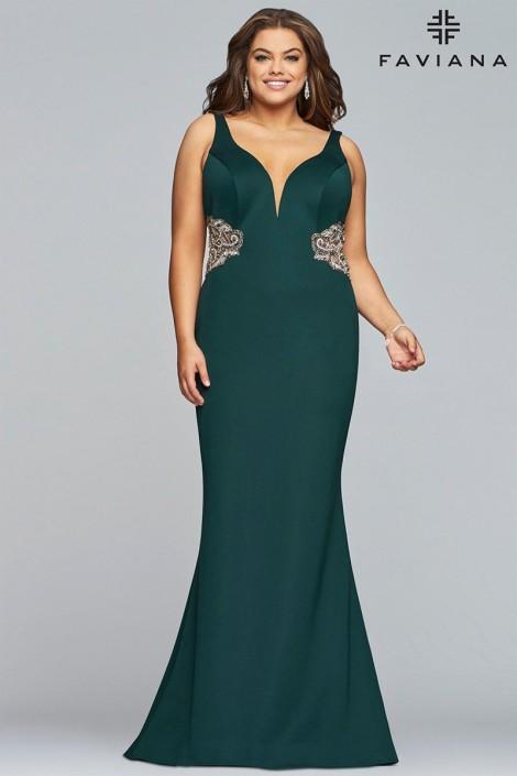 Faviana Curve 9448 Slimming Plus Size Prom Dress