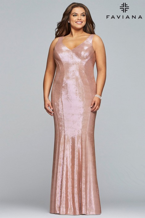 Faviana Curve 9453 Flattering Plus Size Prom Dress: French Novelty