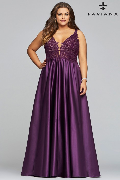 Faviana Curve 9462 Perfect Plus Size Prom Dress