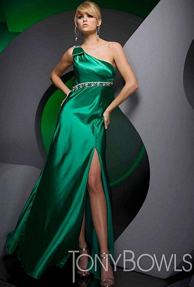 5451de830d6 Emerald Green One Shoulder Tony Bowls Evenings Dress 21034: French Novelty