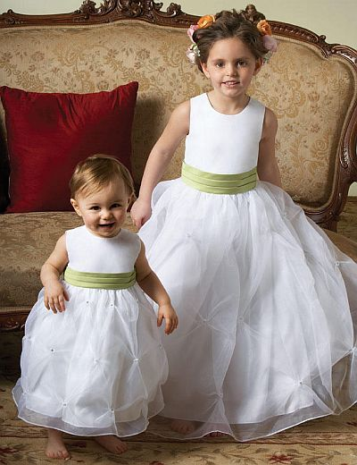 Sweet Beginnings Organza Flower Girls Dress with Rhinestones L711 ...