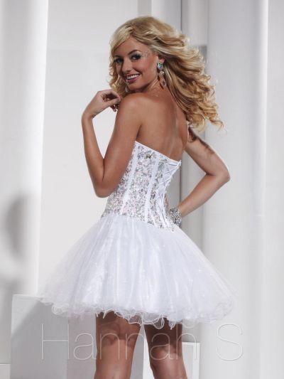 Short white corset prom dresses