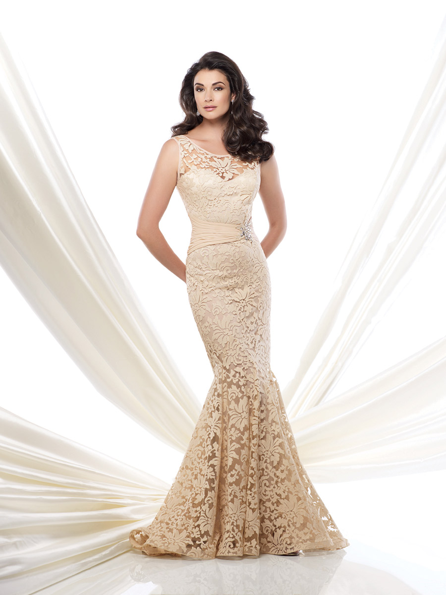 Size 10 champagne montage by mon cheri 115960 lace trumpet for Immediate resource wedding dresses