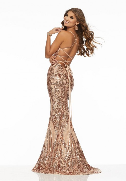 67889d438437 Size 4 Rose Gold Morilee 43032 Stunning Sequin Prom Gown: French Novelty
